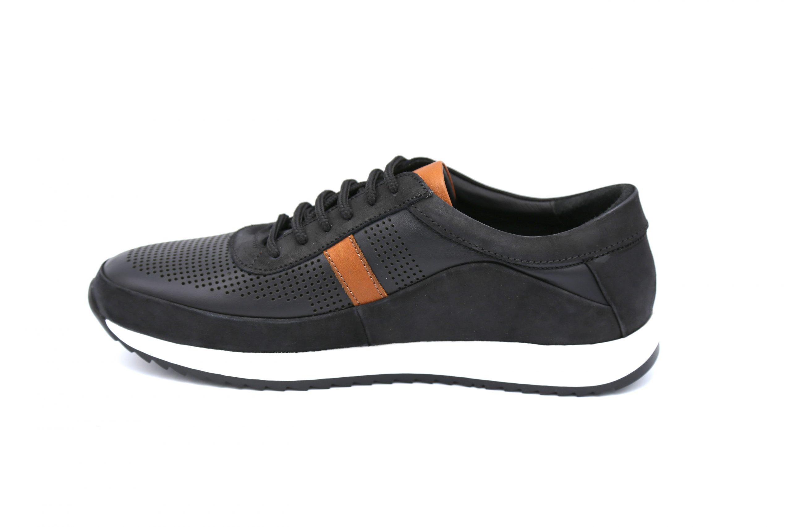 کفش اسپورت چرم مردانه