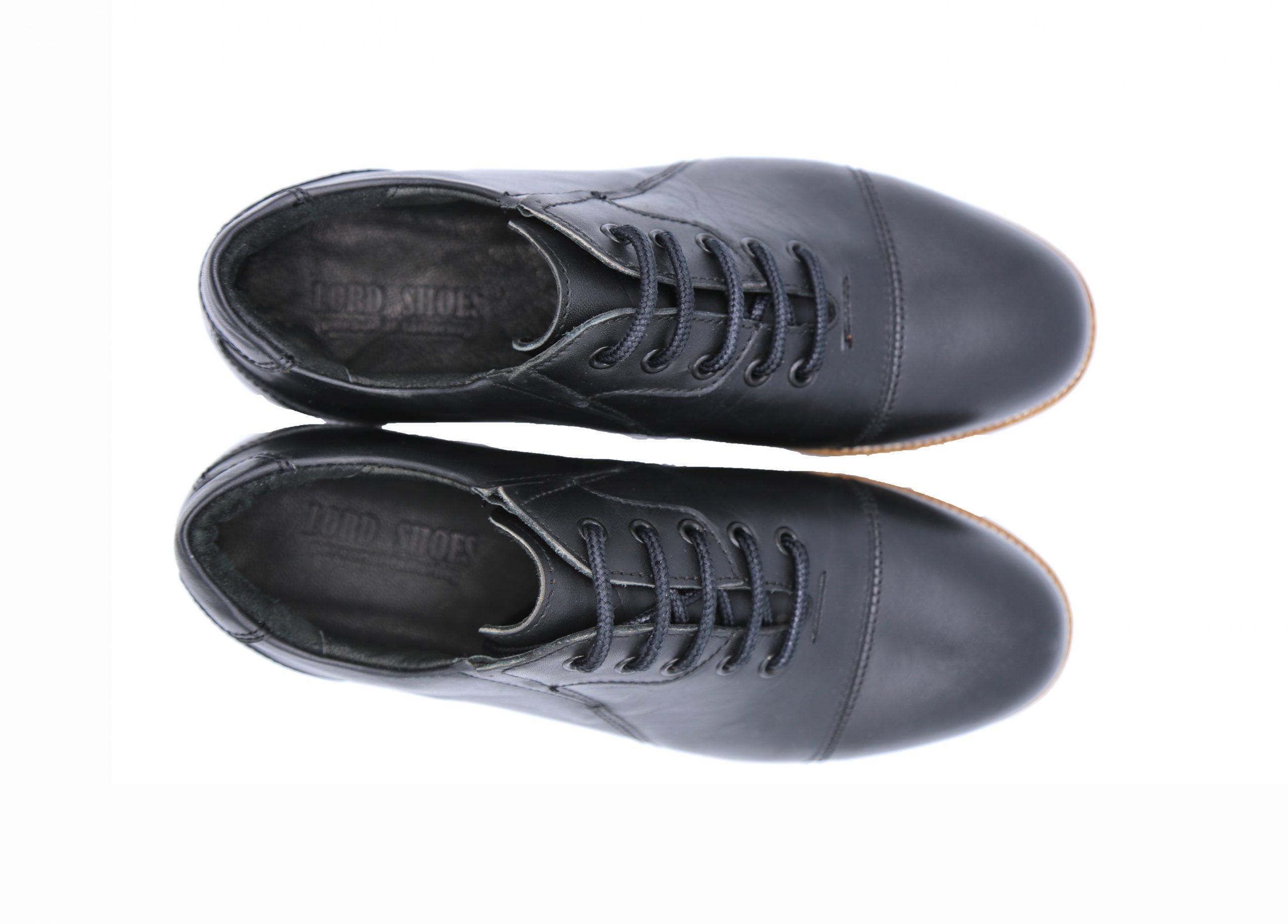 کفش چرم اسپرت