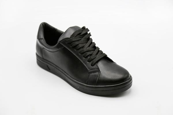کفش بنددار طبی