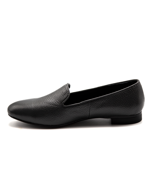 کفش چرم زنانه راحتی مناسب پیاده روی