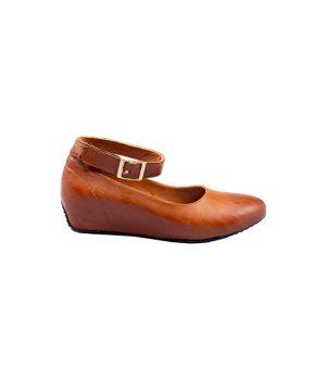 کفش چرم لژدار زنانه بسیار خوش پا